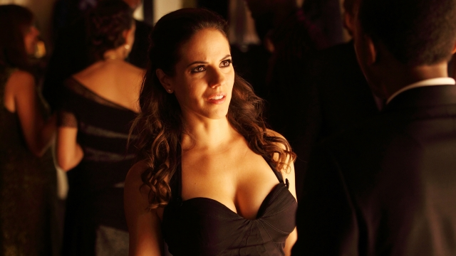 lost-girl-anna-silk-3_640x360